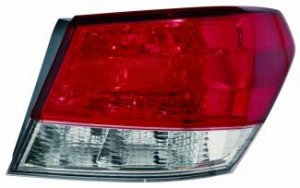 2010-2012 Subaru Outback Tail Light Rear Lamp - Right (Passenger)