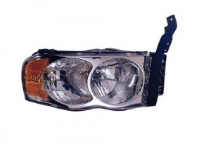 2002 -  2005 Dodge Ram 3500 Front Headlight Assembly Replacement Housing / Lens / Cover - Right (Passenger) Side