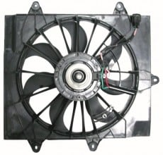 2004 -  2005 Chrysler PT Cruiser Engine / Radiator Cooling Fan Assembly - (2.4L L4 Turbocharged)