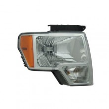 2009 - 2009 Ford F-150 Front Headlight Assembly Replacement Housing / Lens / Cover - Right (Passenger) Side