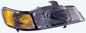 1999 - 2004 Honda Odyssey Front Headlight Assembly Replacement Housing / Lens / Cover - Right (Passenger) Side