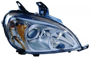 2002 - 2005 Mercedes-Benz ML350 Front Headlight Assembly Replacement Housing / Lens / Cover - Right (Passenger) Side