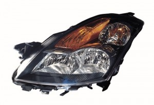2007 Nissan Altima Front Headlight Assembly Replacement Housing / Lens / Cover - Left (Driver) Side - (Gas Hybrid + Sedan)