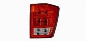2006 Jeep Grand Cherokee Tail Light Rear Lamp - Right (Passenger)