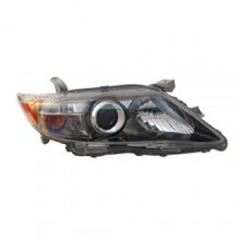 2010 -  2011 Toyota Camry Front Headlight Assembly Replacement Housing / Lens / Cover - Left (Driver) Side - (SE)