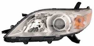 2011 - 2020 Toyota Sienna Front Headlight Assembly Replacement Housing / Lens / Cover - Left (Driver) Side - (Base Model + LE + Limited + XLE)