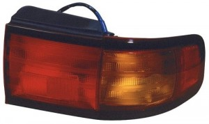 1995 -  1996 Toyota Camry Rear Tail Light Assembly Replacement / Lens / Cover - Left (Driver) Side - (4 Door; Sedan + 2 Door; Coupe)