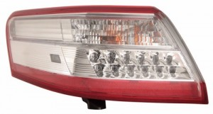 2010 -  2011 Toyota Camry Rear Tail Light Assembly Replacement / Lens / Cover - Left (Driver) Side - (Gas Hybrid)