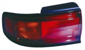 1992 -  1994 Toyota Camry Rear Tail Light Assembly Replacement / Lens / Cover - Right (Passenger) Side - (4 Door; Sedan + 2 Door; Coupe)