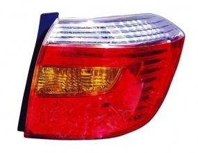 2010 Toyota Highlander Rear Tail Light Assembly Replacement / Lens / Cover - Right (Passenger) Side - (Base Model + Limited)