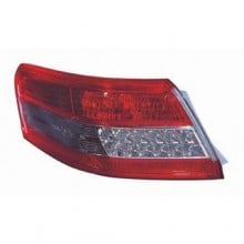 2010 -  2011 Toyota Camry Rear Tail Light Assembly Replacement / Lens / Cover - Left (Driver) Side Outer