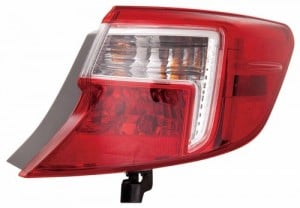 2012 -  2014 Toyota Camry Rear Tail Light Assembly Replacement / Lens / Cover - Right (Passenger) Side Outer - (Gas Hybrid)