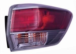 2014 - 2016 Toyota Highlander Rear Tail Light Assembly Replacement / Lens / Cover - Right (Passenger) Side Outer