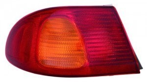 1998 - 2002 Toyota Corolla Rear Tail Light Assembly Replacement / Lens / Cover - Left (Driver) Side